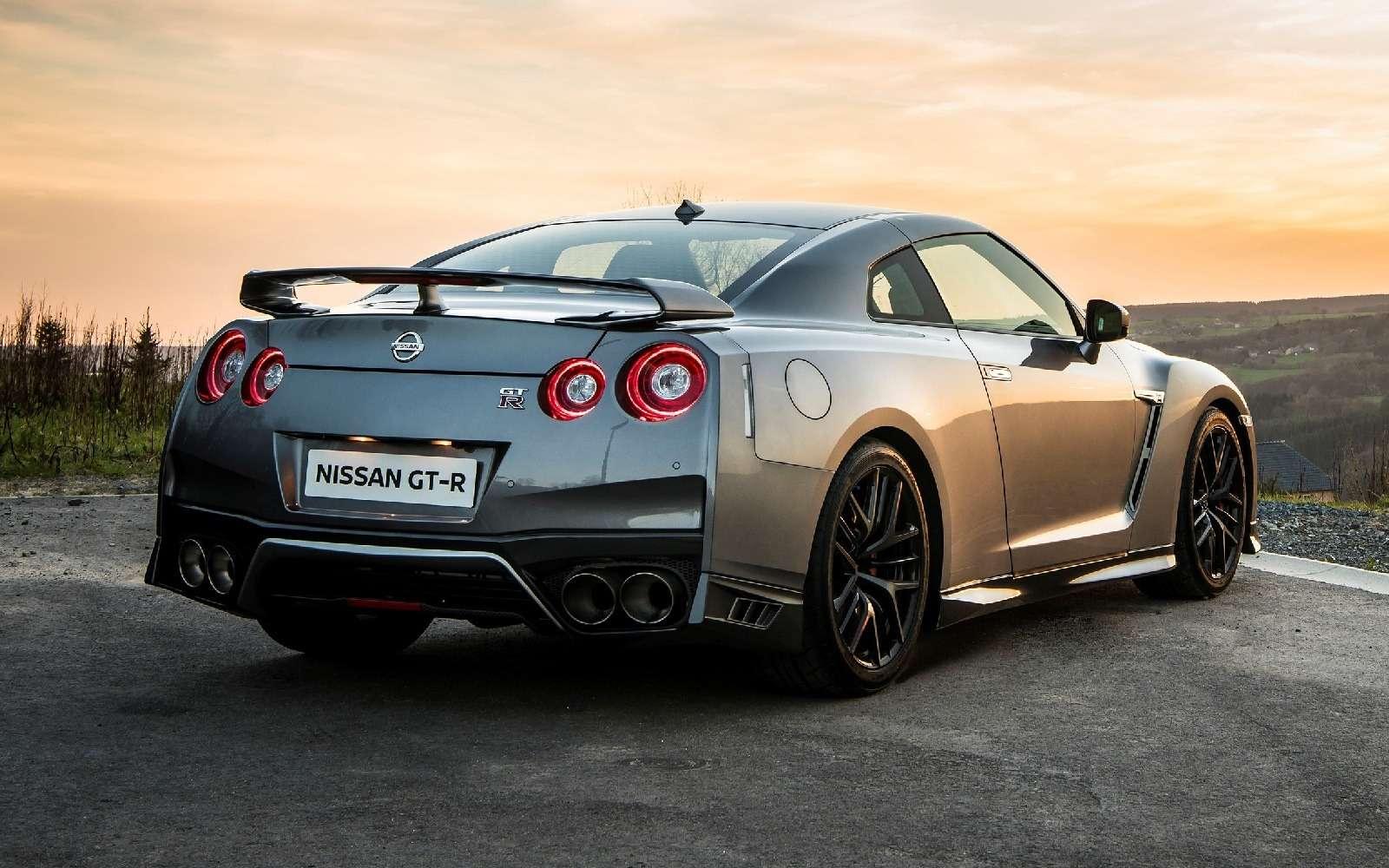В России начался прием заказов наобновленный Nissan GT-R— фото 605965