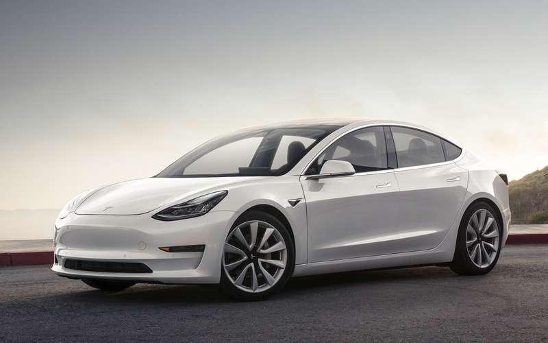 ВРоссии резко растет спрос наавтомобили Tesla