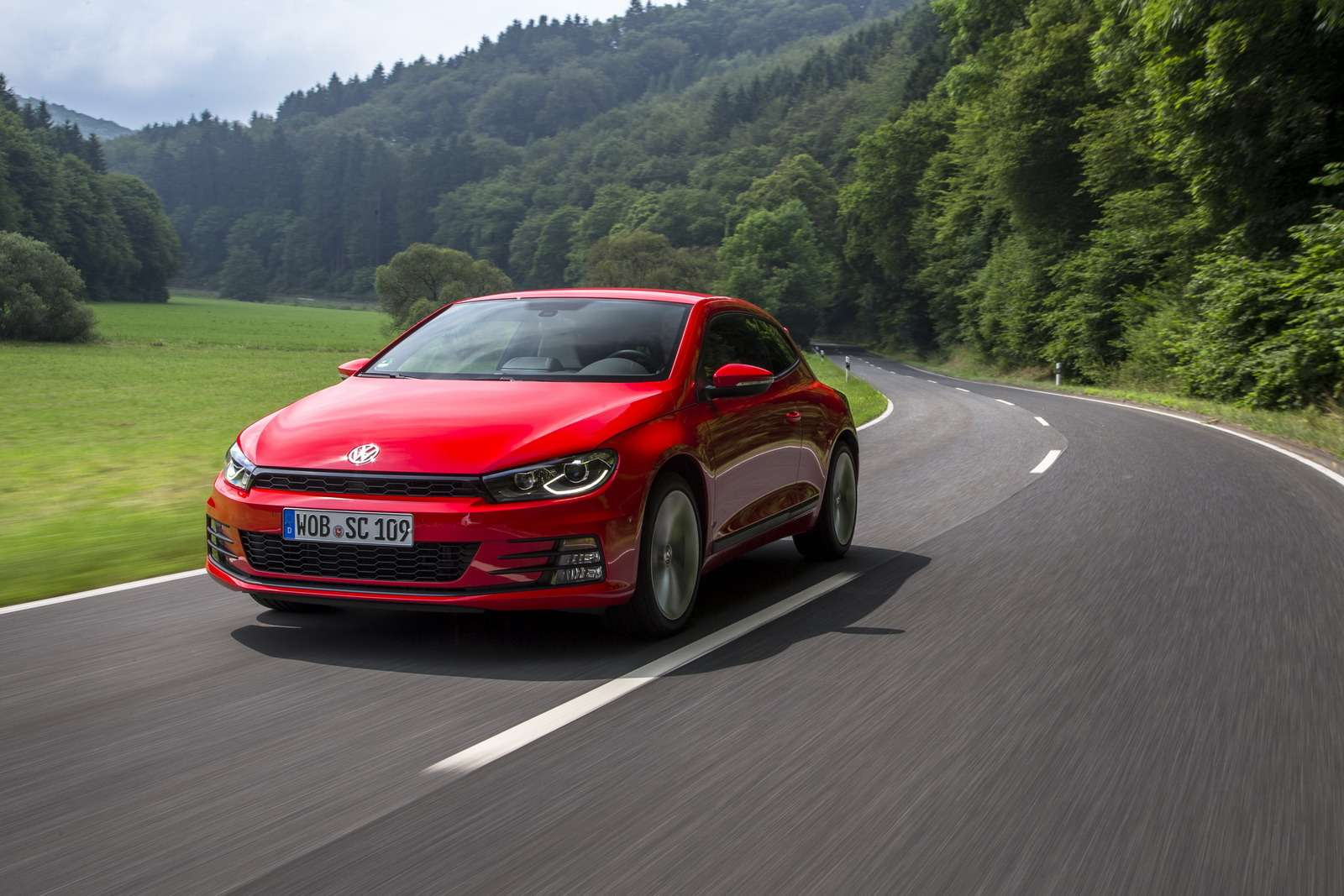 VOLKSWAGEN SCIROCCO2.0 TDI FLASH RED