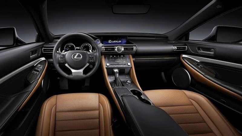 Обновленный Lexus RC: в стиле старшего «брата»