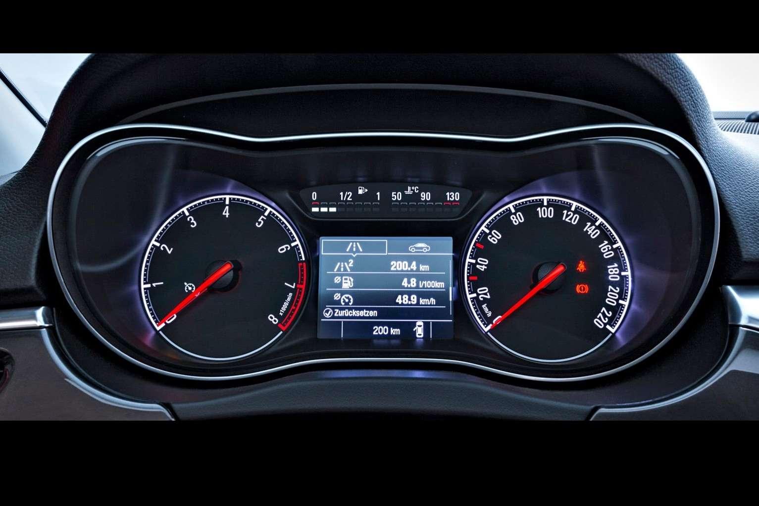 2015-Opel-Corsa-11
