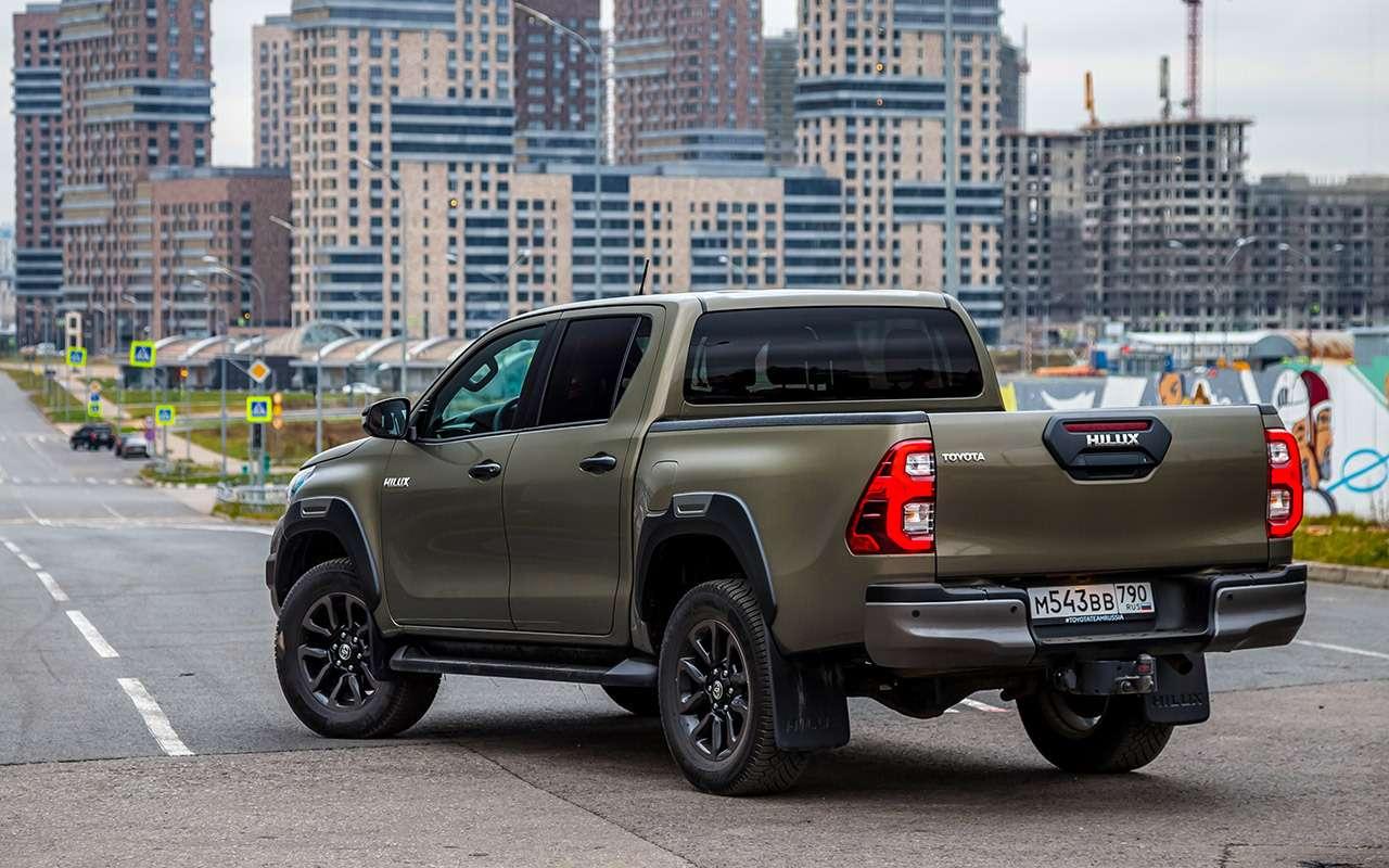 Пикап Toyota Hilux: все обновления— фото 1218981