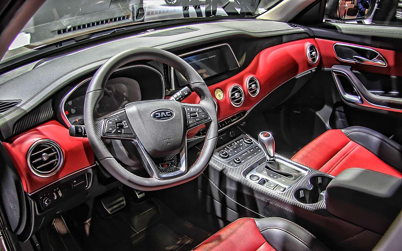 Новый Tiggo 5, будущая Camry идругие: онлайн-трансляция сШанхайского автосалона— фото 739262