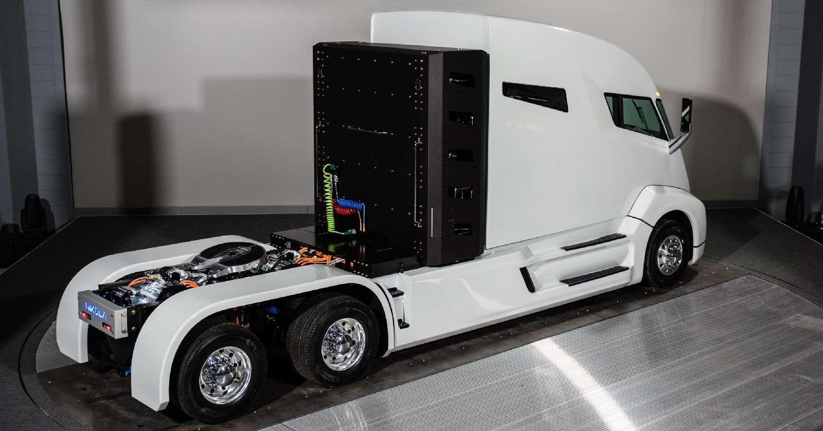 Воздушный замок: Nikola Motor сдержала слово иявила миру чудо-грузовик— фото 672497