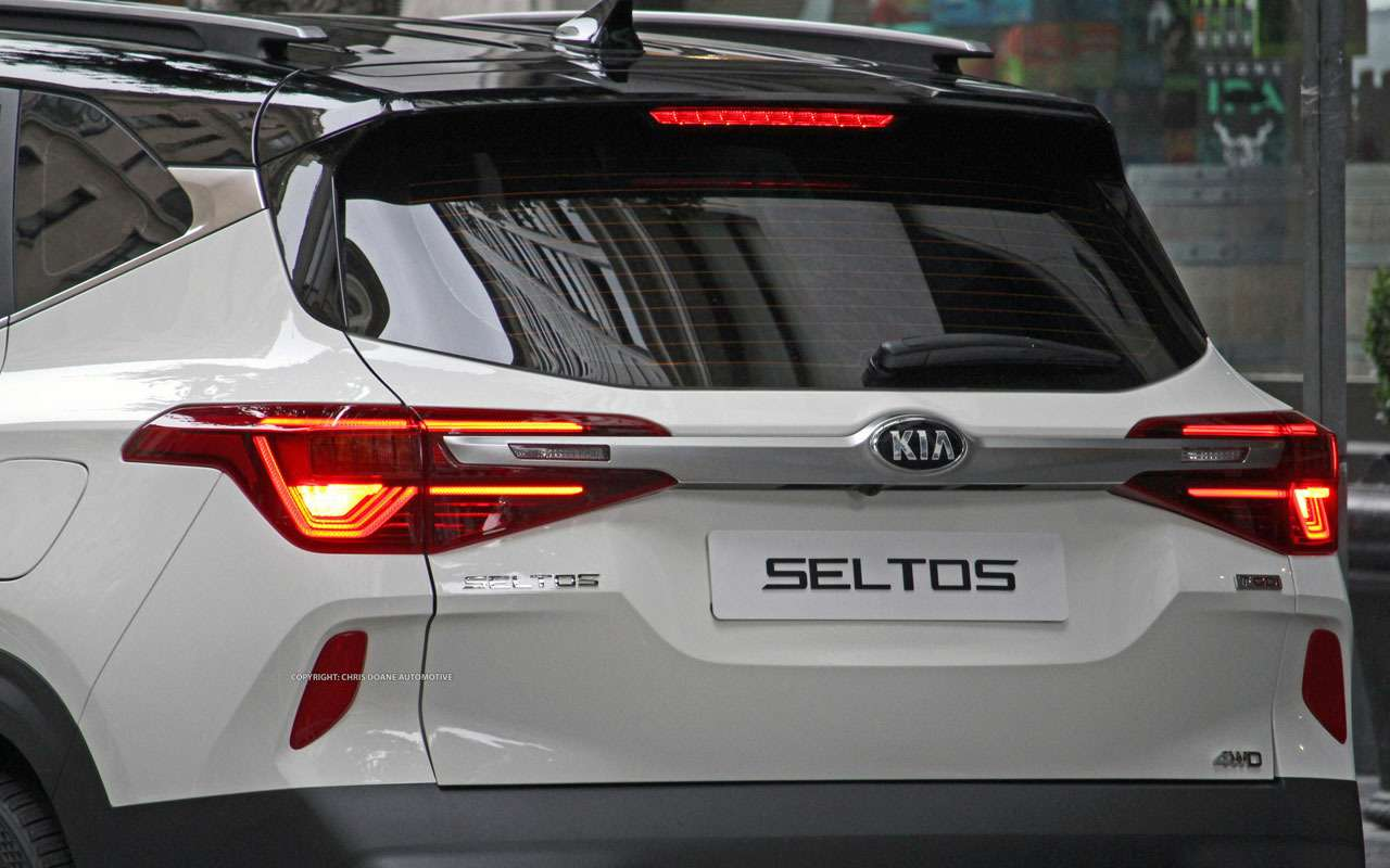 Новый конкурент Hyundai Creta: первые фото Kia без камуфляжа