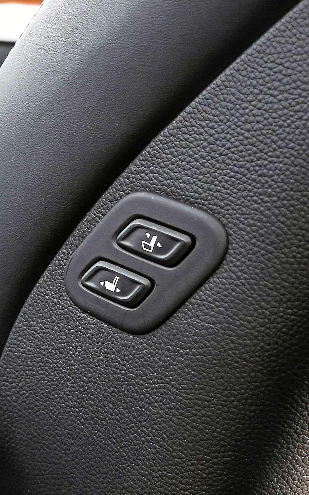 Mitsubishi Pajero Sport иKia Mohave— сравнительный тест настоящих внедорожников— фото 769891