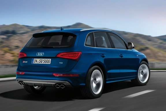 Audi SQ5 TDI side-rear view