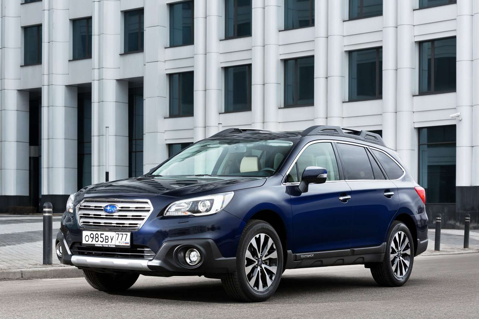outback_2015_gallery_the_exterior_of_2015_subaru_o_59579