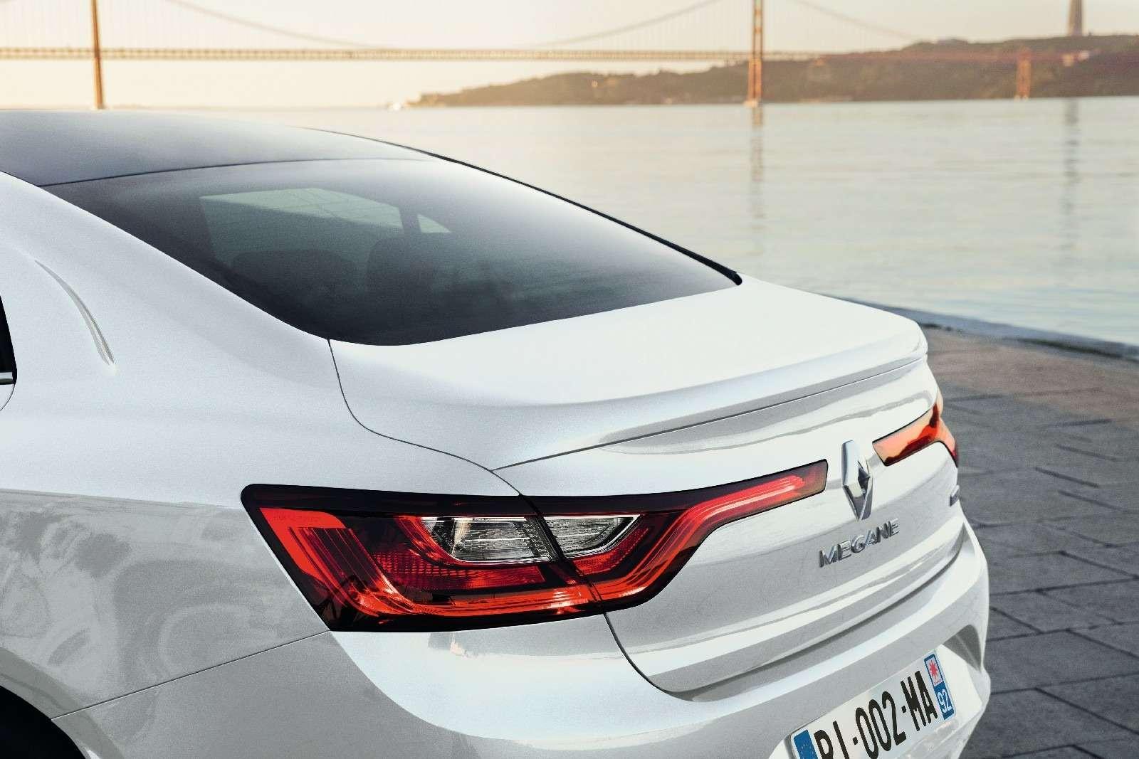 ИзТурции слюбовью: представлен новый седан Renault Megane— фото 607505