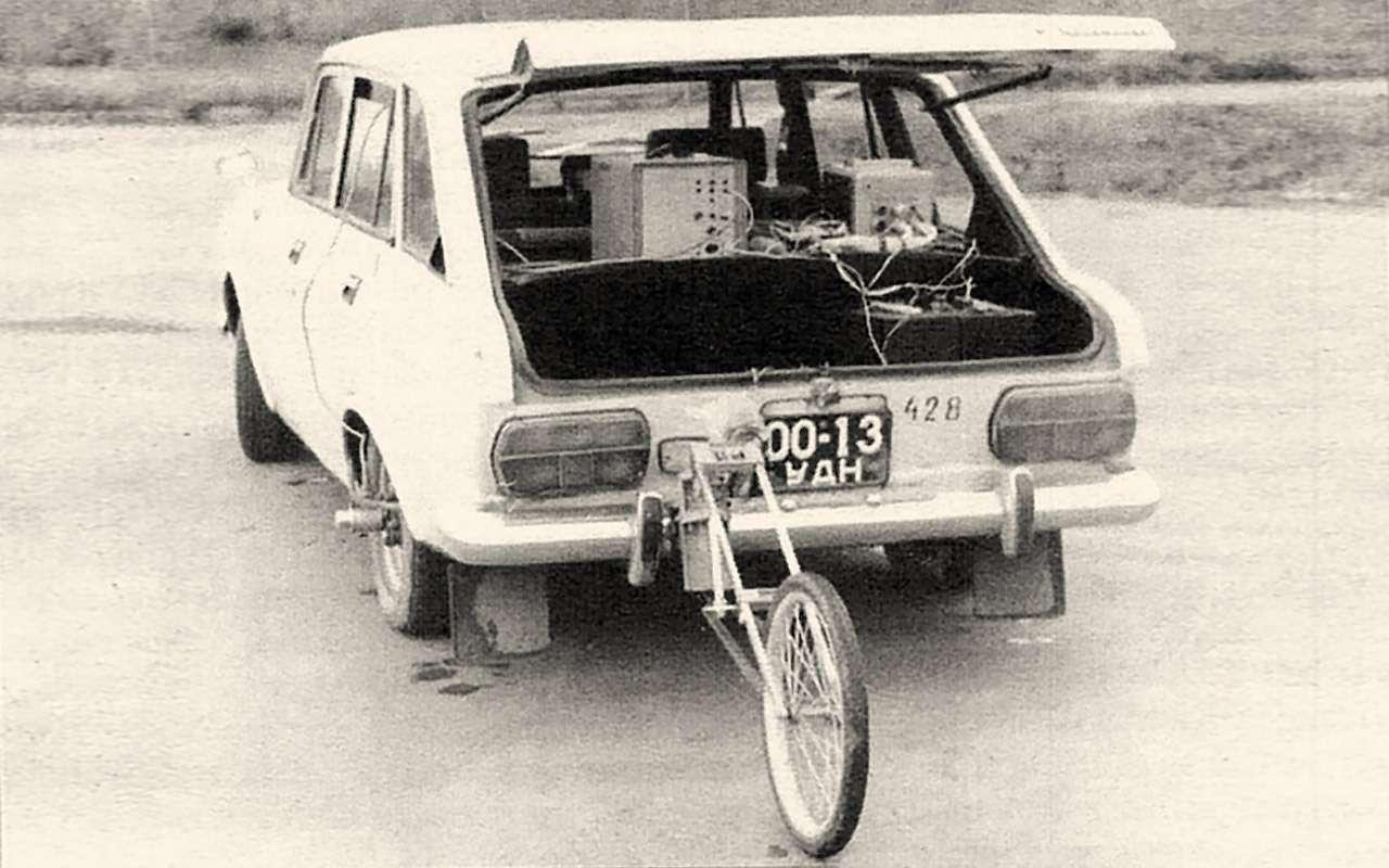 Коробка дляизбранных: кто вСССР ездил надвухпедальных машинах— фото 1248184