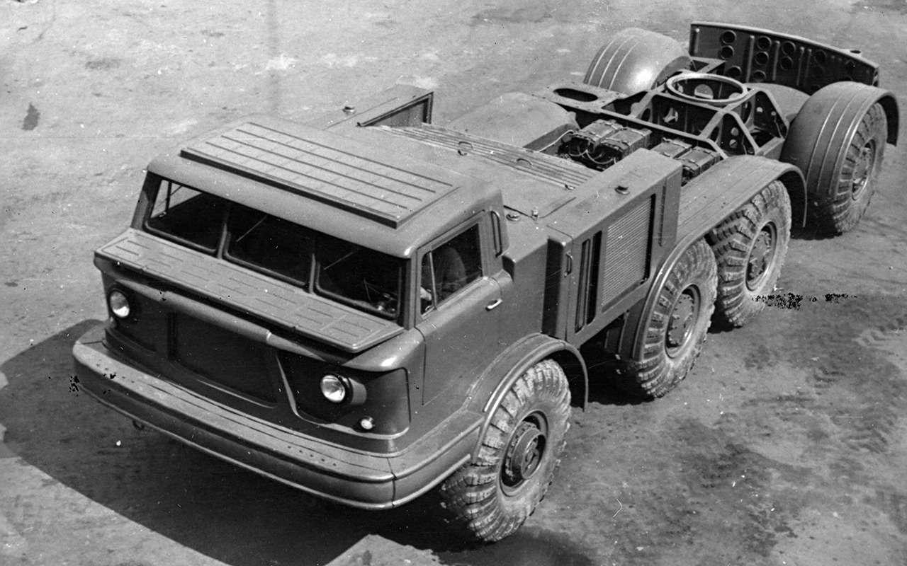 Уникальные модели: 11автомобилей сдвумя моторами— фото 972764