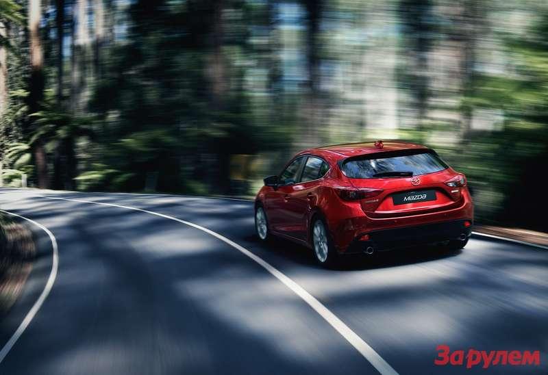 Mazda3 Hatchback 2013 action 05copy