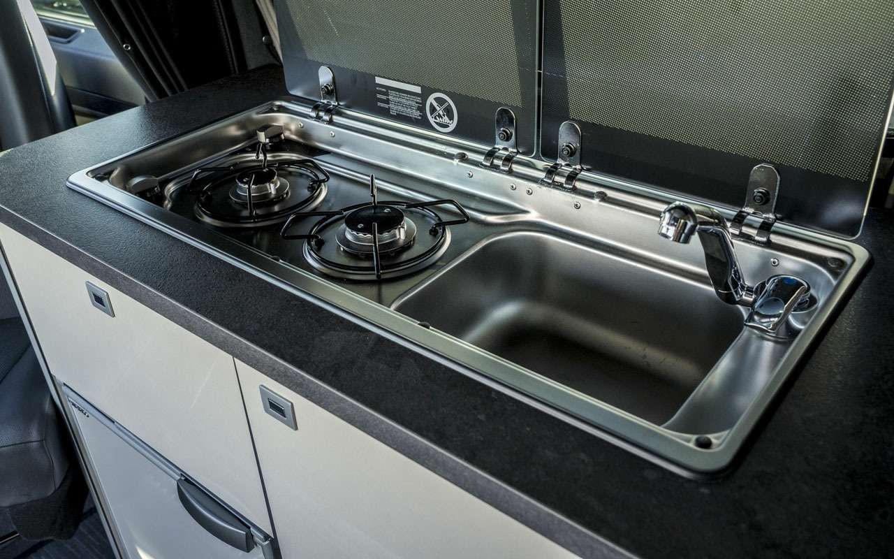 У Opel, Peugeot иCitroen появится кемпер?— фото 1211574