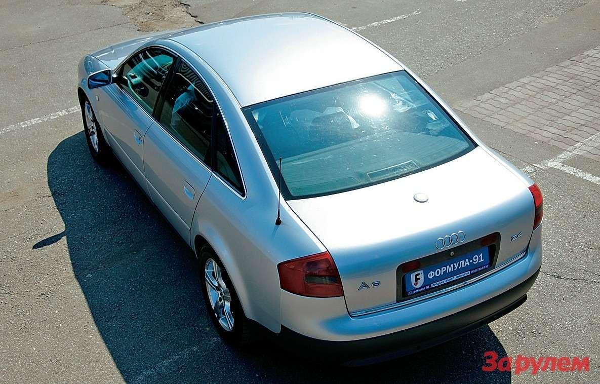 Кузов второго поколения «шестерки» имеет очень низкий дляавтомобилей своего класса коэффициент лобового сопротивления— 0,28.