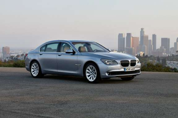 BMW7ActiveHybrid side-front view
