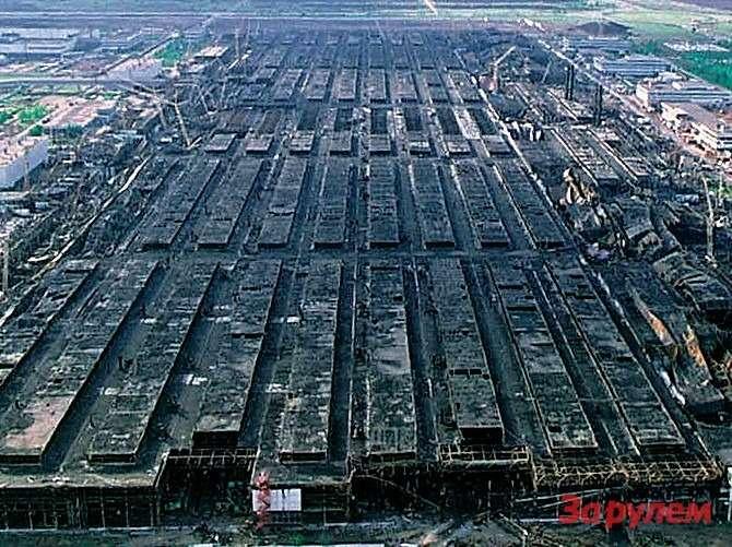 Полностью производство двигателей удалось запустить лишь через три года после пожара.