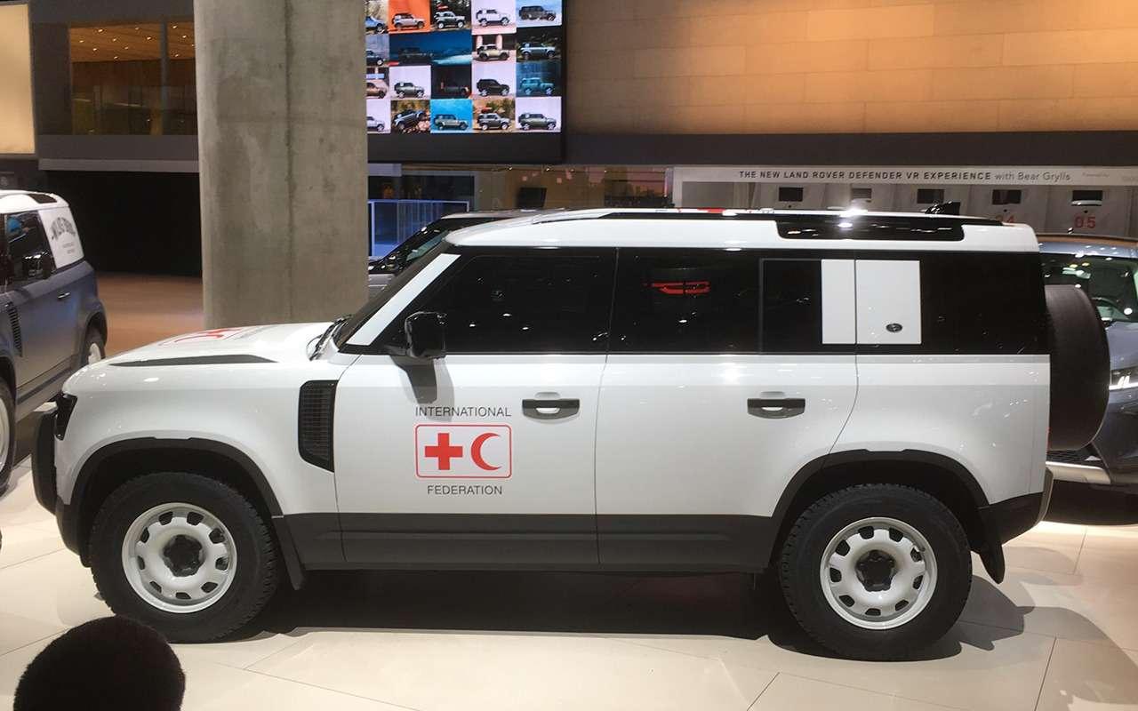 Новый Land Rover Defender: онбольше не рамный!— фото 995248