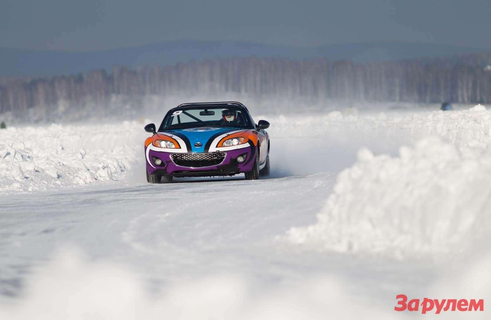 Mazda MX5Ice Race 2013     58