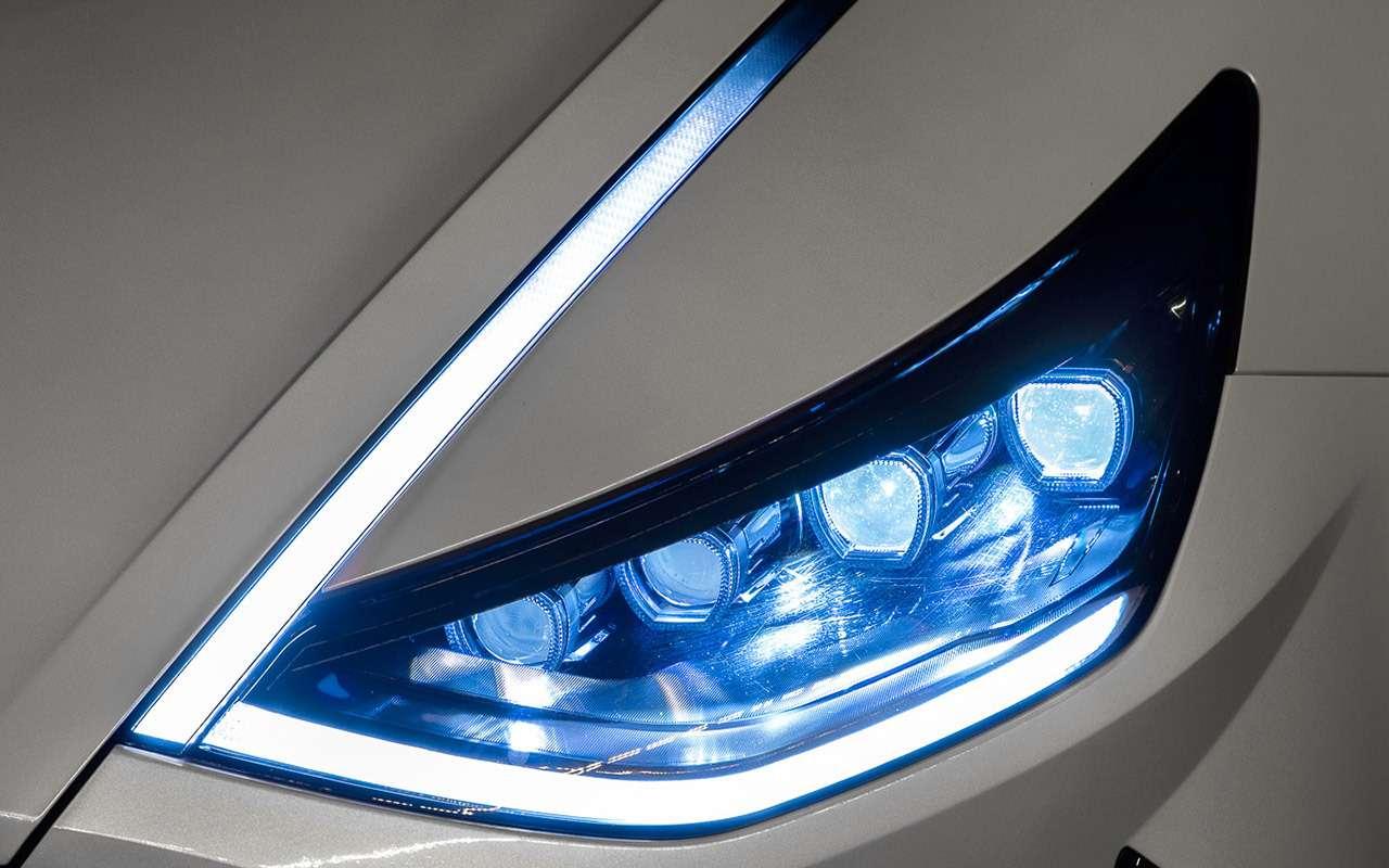 Новая Hyundai Sonata: светодиоды накапоте иеще 8фишек— фото 1014944