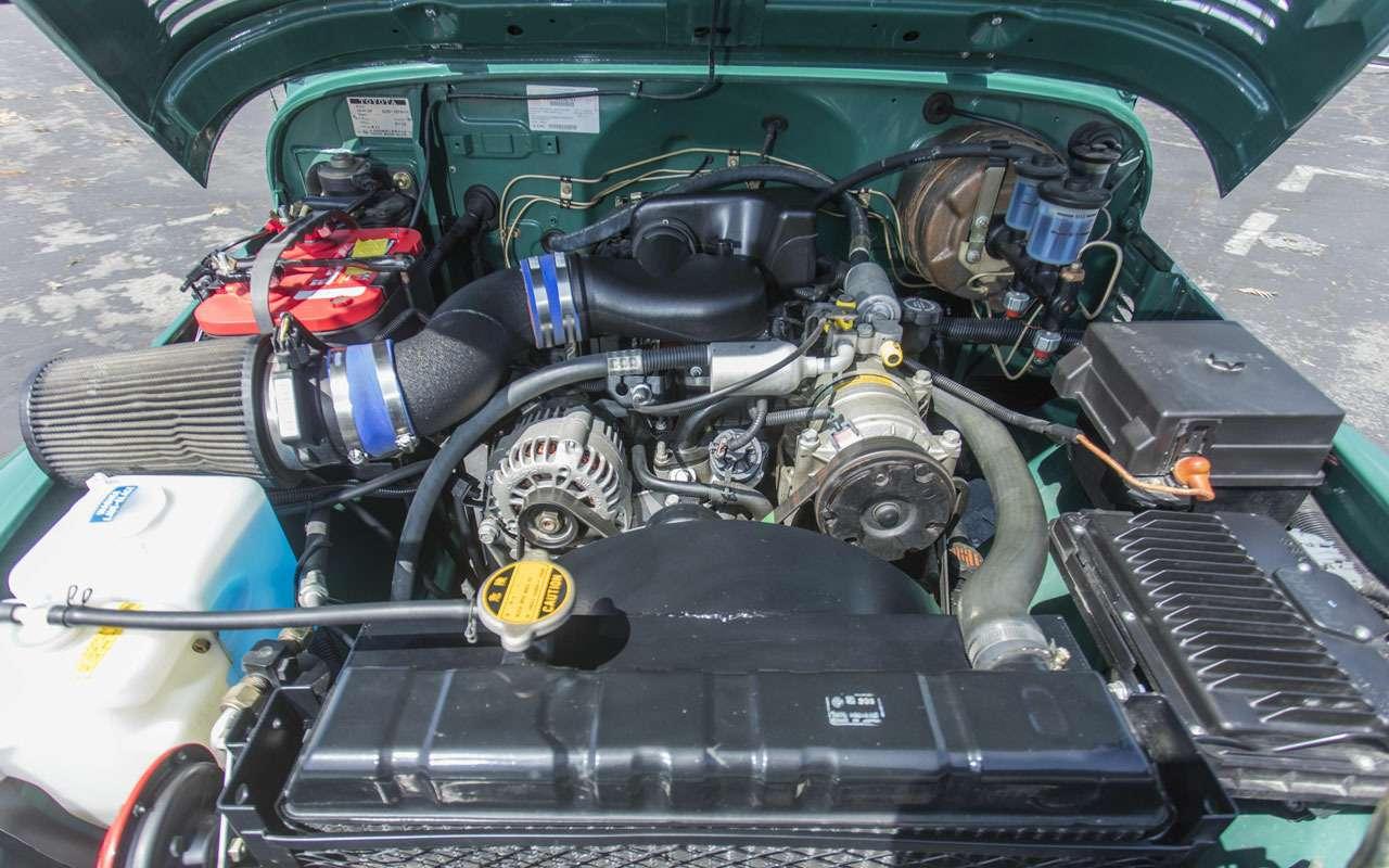ТомХэнкс продает странный Toyota Land Cruiser— фото 1265064