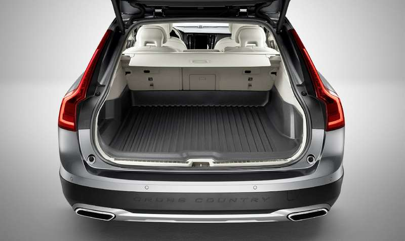 Такой «сарай» нам нужен: Volvo V90 Cross Country представлен официально