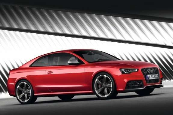 Restyled Audi RS5 side-front view 2