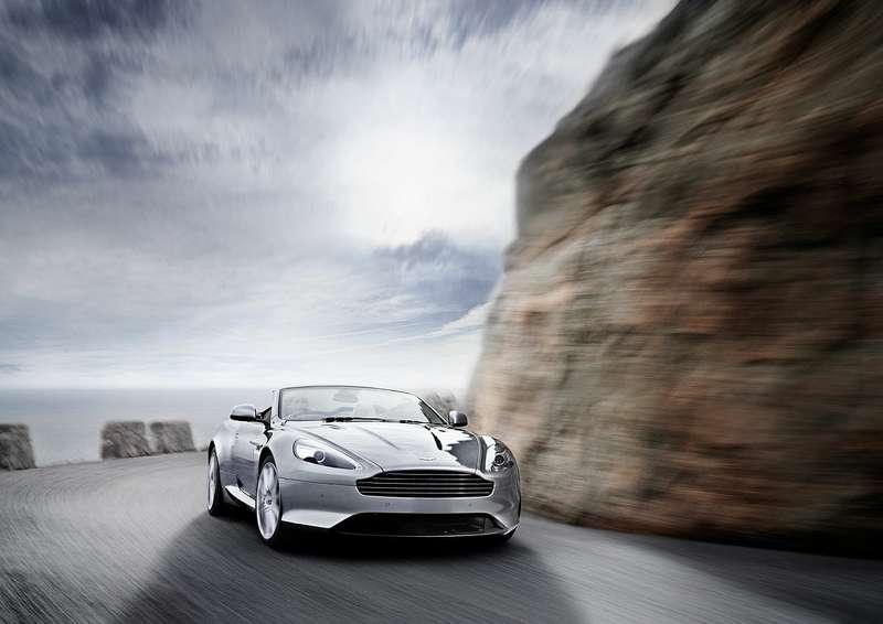 Aston-Martin-Virage_01