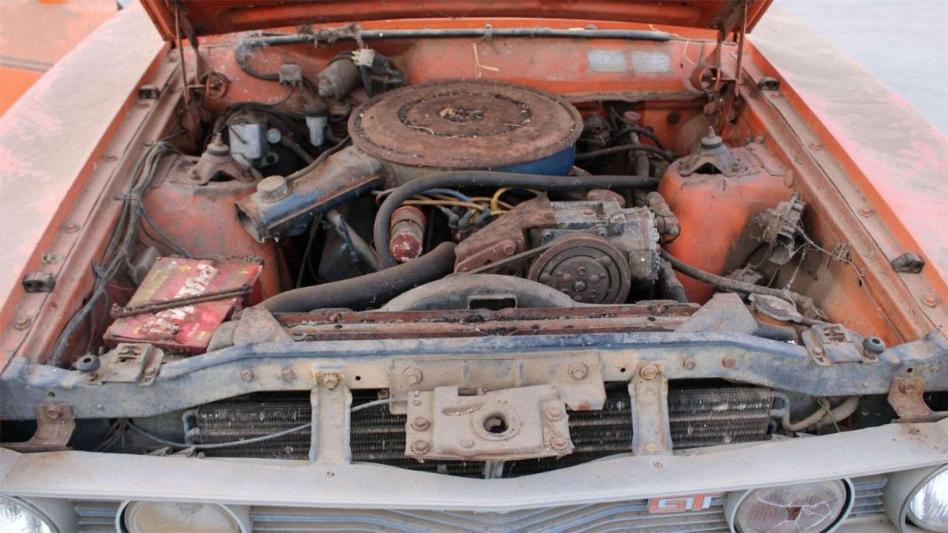 Дедуля держал машину, чтобы поговорить, акупили еезатрогательную «историю»— фото 1155237