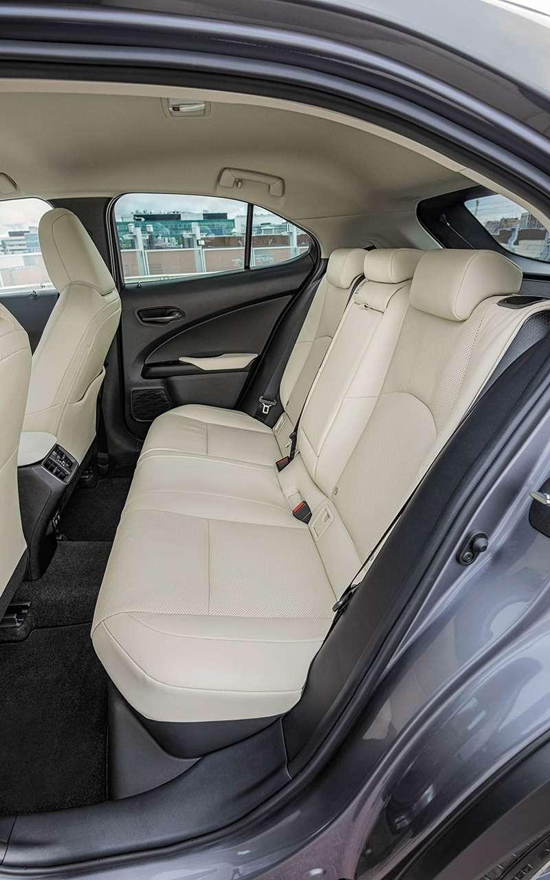 Новый кроссовер Lexus UX— первый тест-драйв— фото 908095