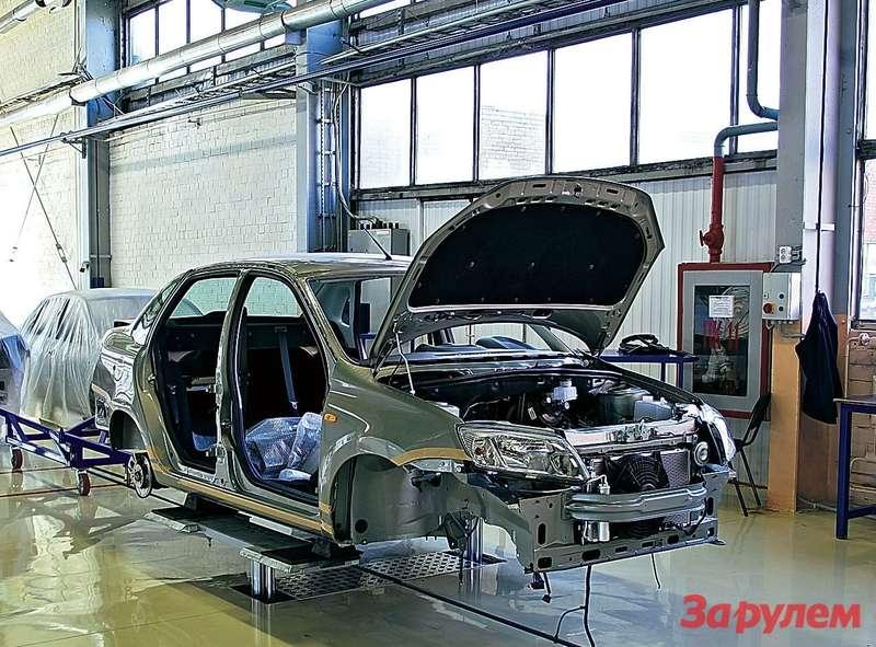 «Ладу-Гранта Спорт» будут собирать на напольном конвейере фирмы «Лада МСТ» (дочернее предприятие АВТОВАЗа) из поступивших с головного завода машинокомплектов. Расчетная скорость сборки - 10 машин в смену. При двухсменном режиме работы здесь ежегодно можно делать до 5000 автомобилей.