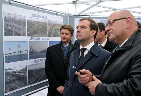 Medvedev_v_Pitere_no_copyright