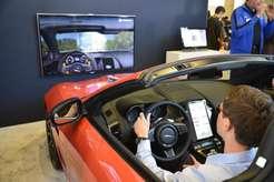 Jaguar представляет систему управления стеклоочистителями при помощи взгляда