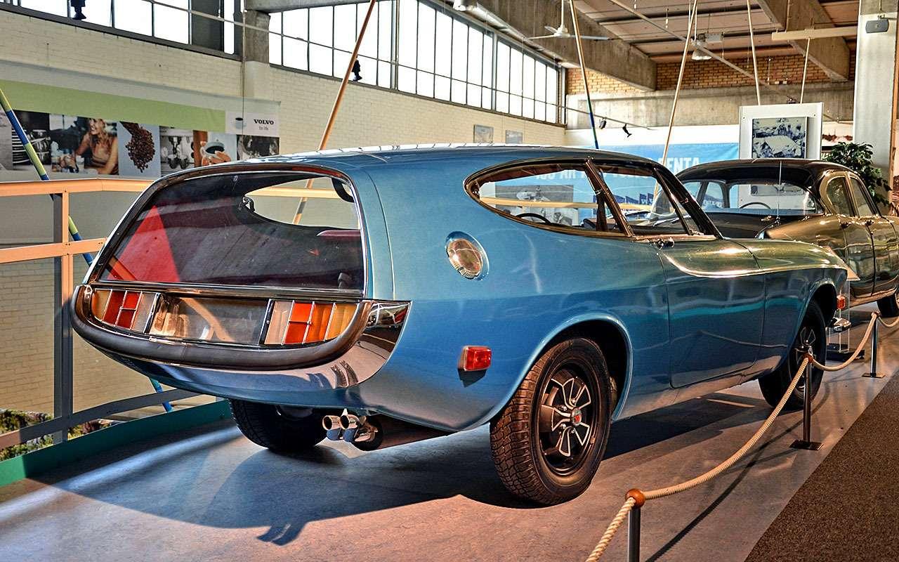 Volvo P1800ES Rocket (1968)