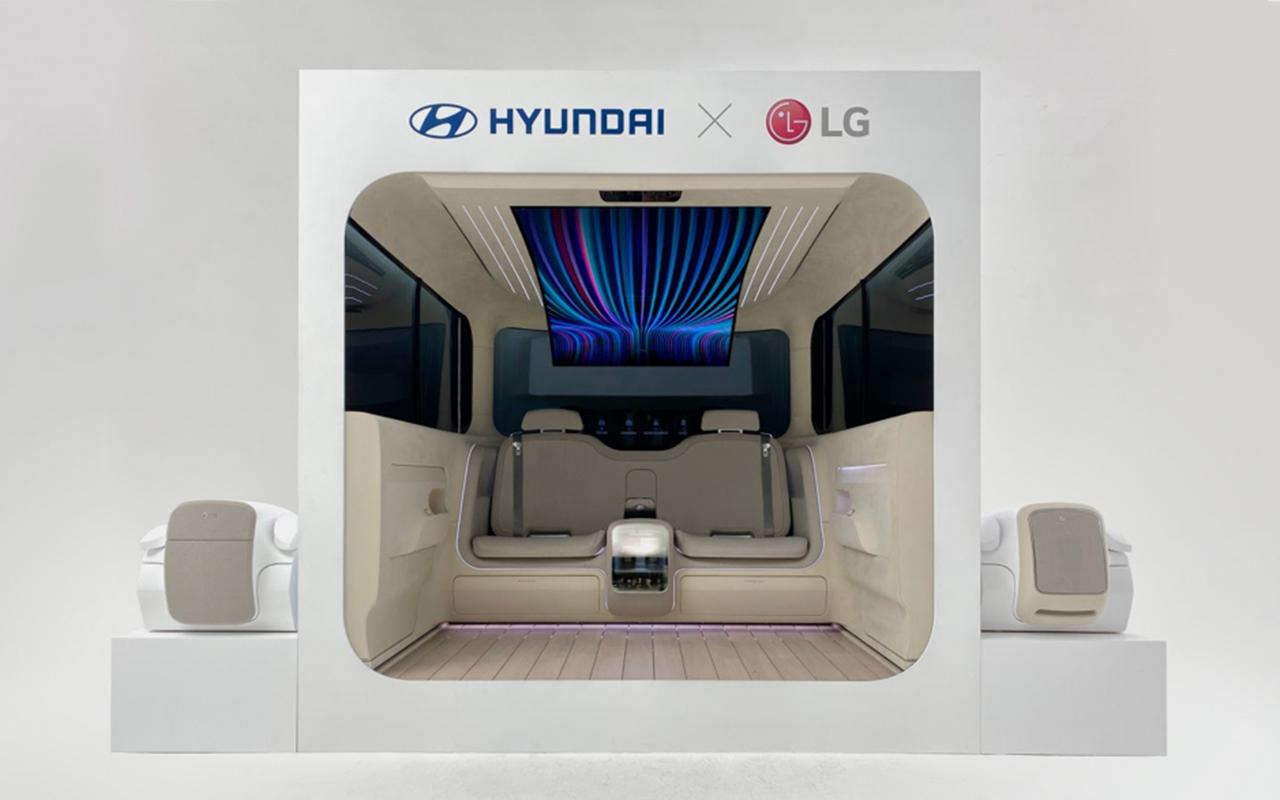 Дополненная реальность, фары-проекторы исалоны-трансформеры: чего ждать отавтомобиля будущего— фото 1275397