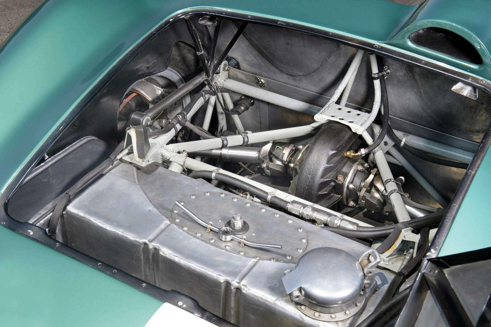 Нааукцион выставлен уникальный Aston Martin DBR1. Цена— больше 20млн долларов— фото 768259