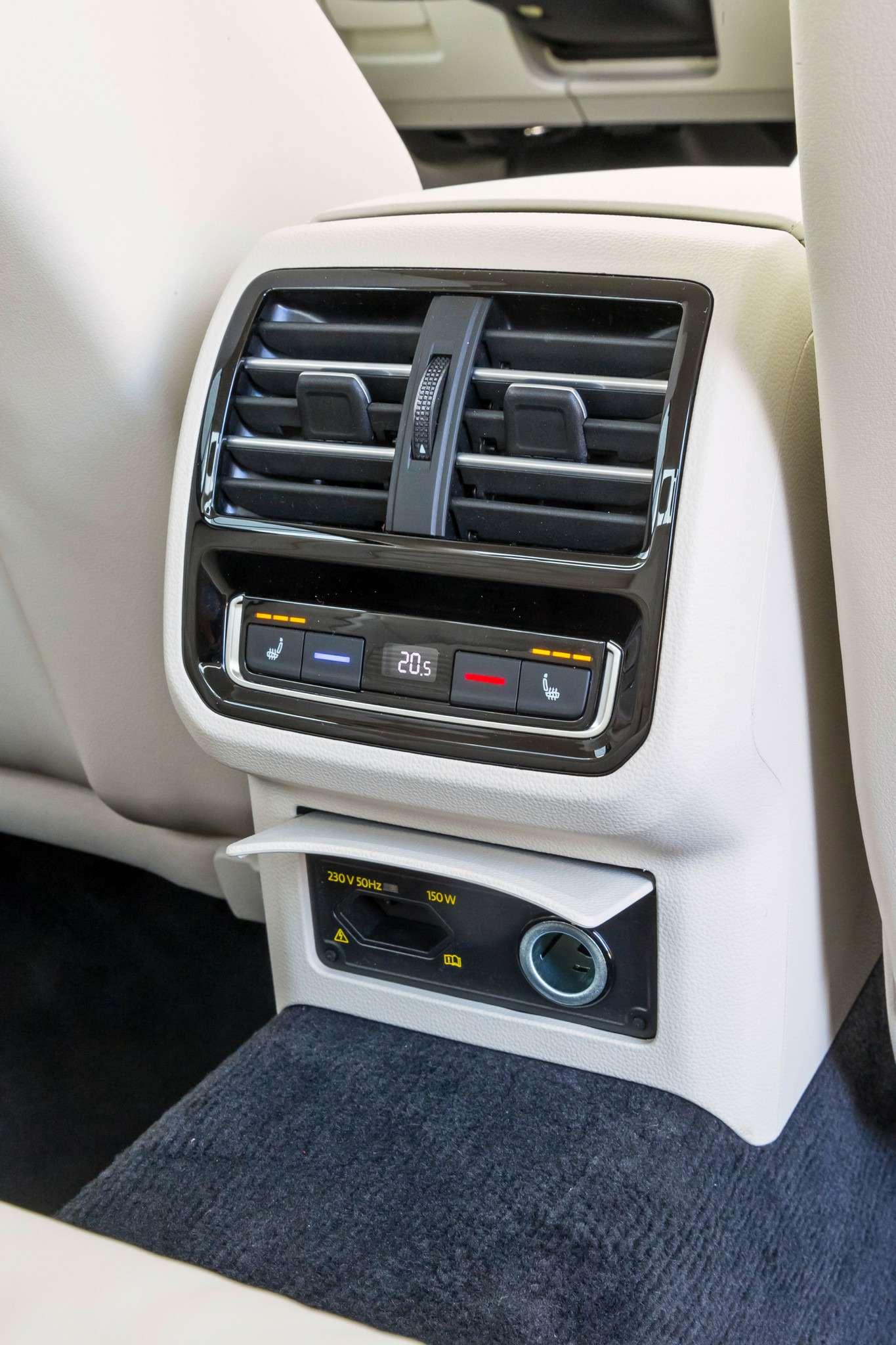 308-Passat_Mondeo_Mazda-6-zr09-15