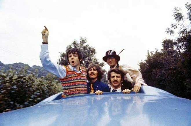 magical mystery tour beatles on bus