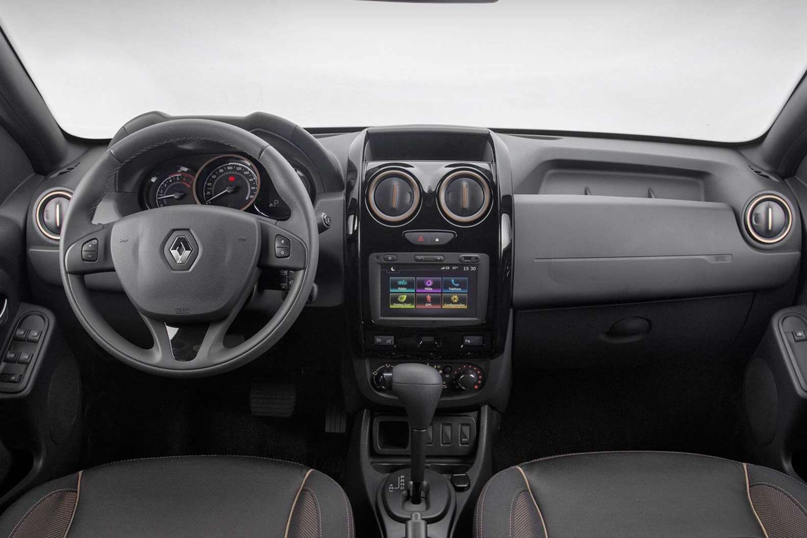 2016-renault-duster-launched-with-new-look-better-economy-in-brazil-photo-gallery_4