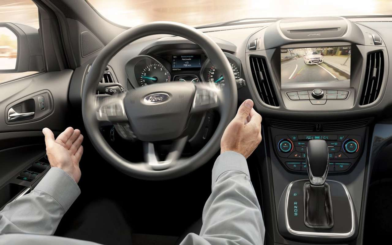 Ford Kuga: все его особенности инедостатки глазами эксперта— фото 935248