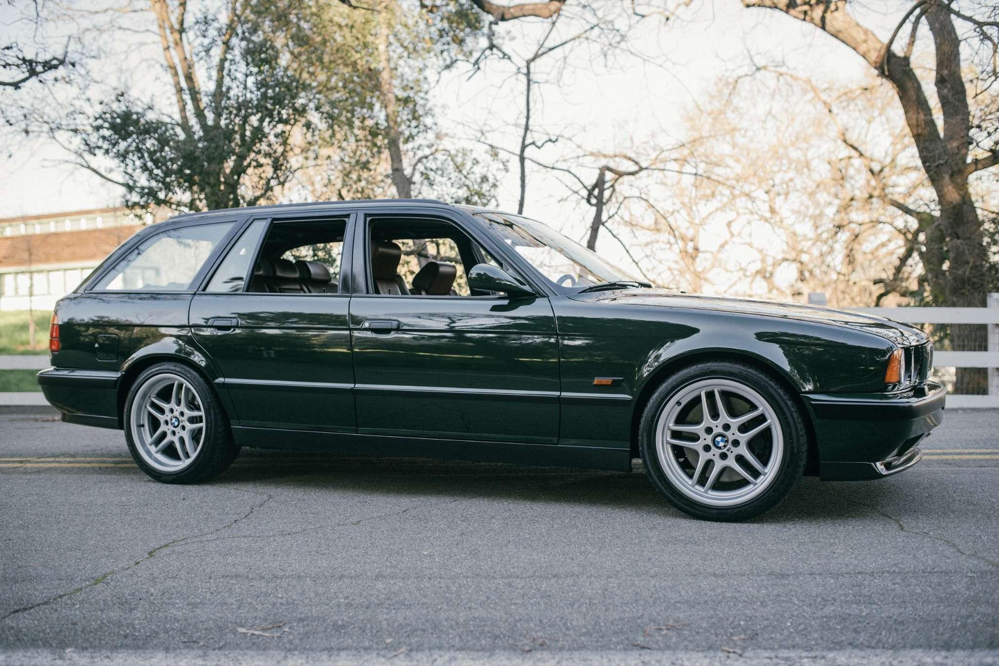 Elekta, тыпрекрасна: редчайшая «пятерка» BMW E34по цене новой M3— фото 732275