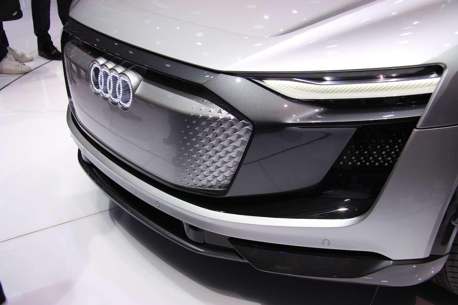 Новый Tiggo 5, будущая Camry идругие: онлайн-трансляция сШанхайского автосалона— фото 739140