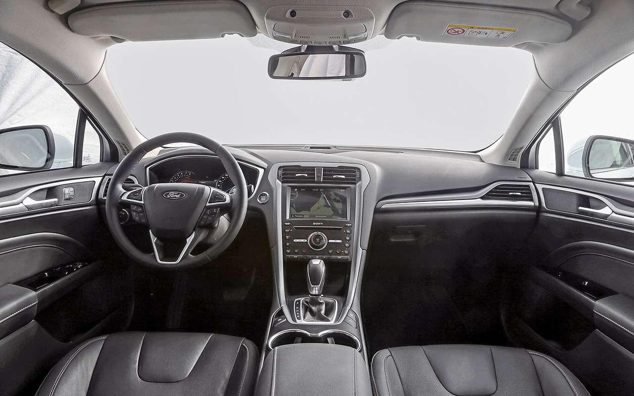 Toyota Camry против конкурентов— сравнительный тест— фото 882444