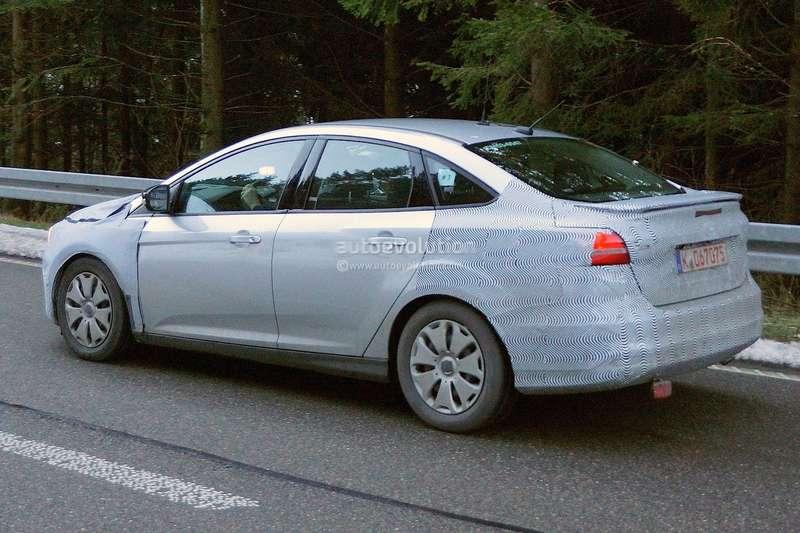 spyshots-2015-ford-focus-hatchback-sedan-and-estate-1080p-10_no_copyright
