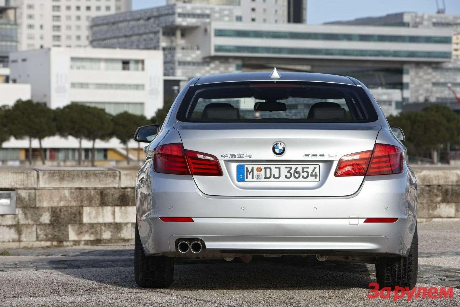 2011-BMW-5-Series-LWB3