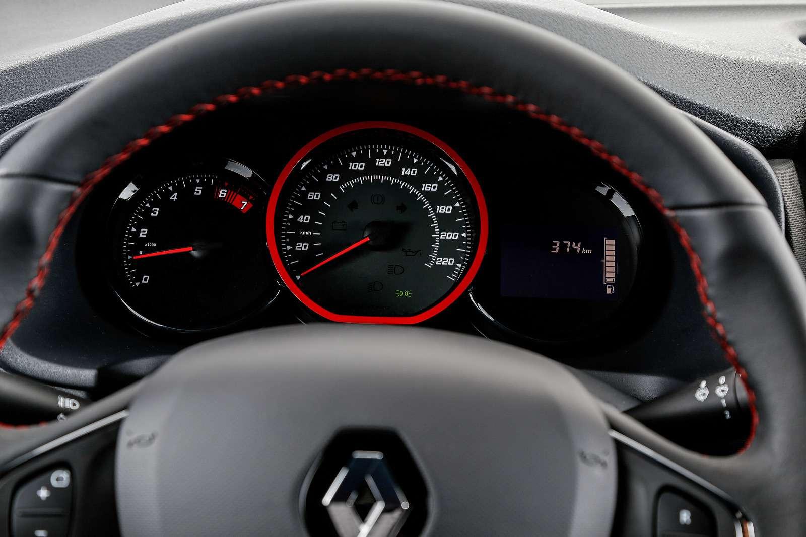 В нем гонок дух: Renault Sandero RSстал еще соблазнительнее— фото 751820