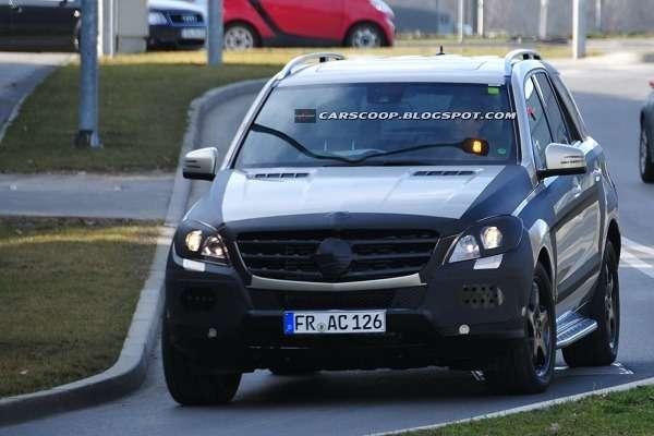 Mercedes-Benz ML2012_02_no_copyright