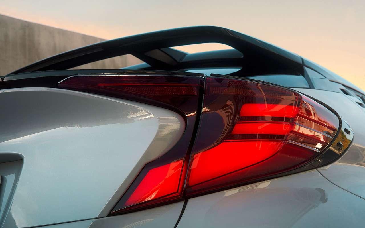 Спортверсии Toyota Corolla иC-HR: старт продаж ицены— фото 1220785