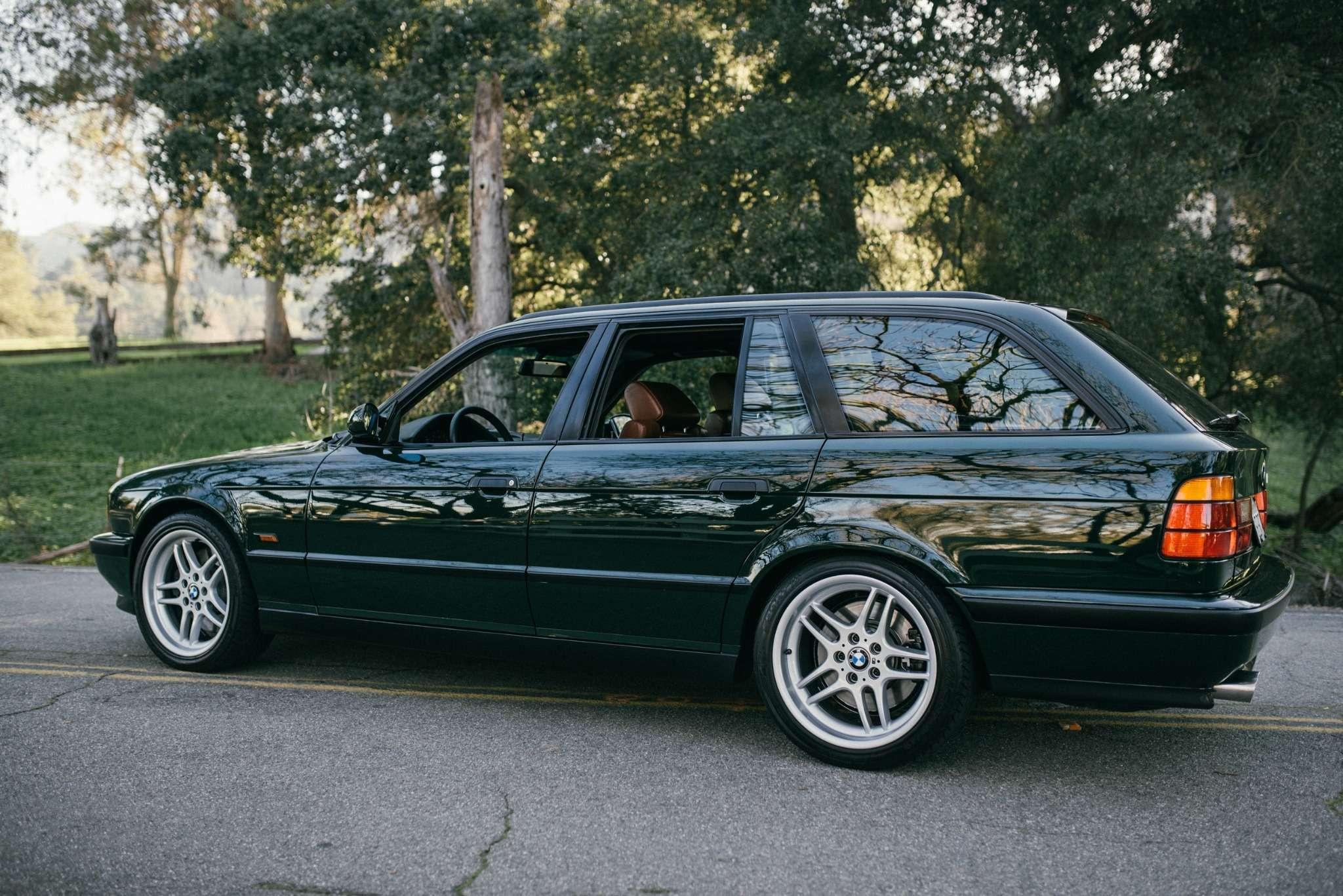 Elekta, тыпрекрасна: редчайшая «пятерка» BMW E34по цене новой M3— фото 732280