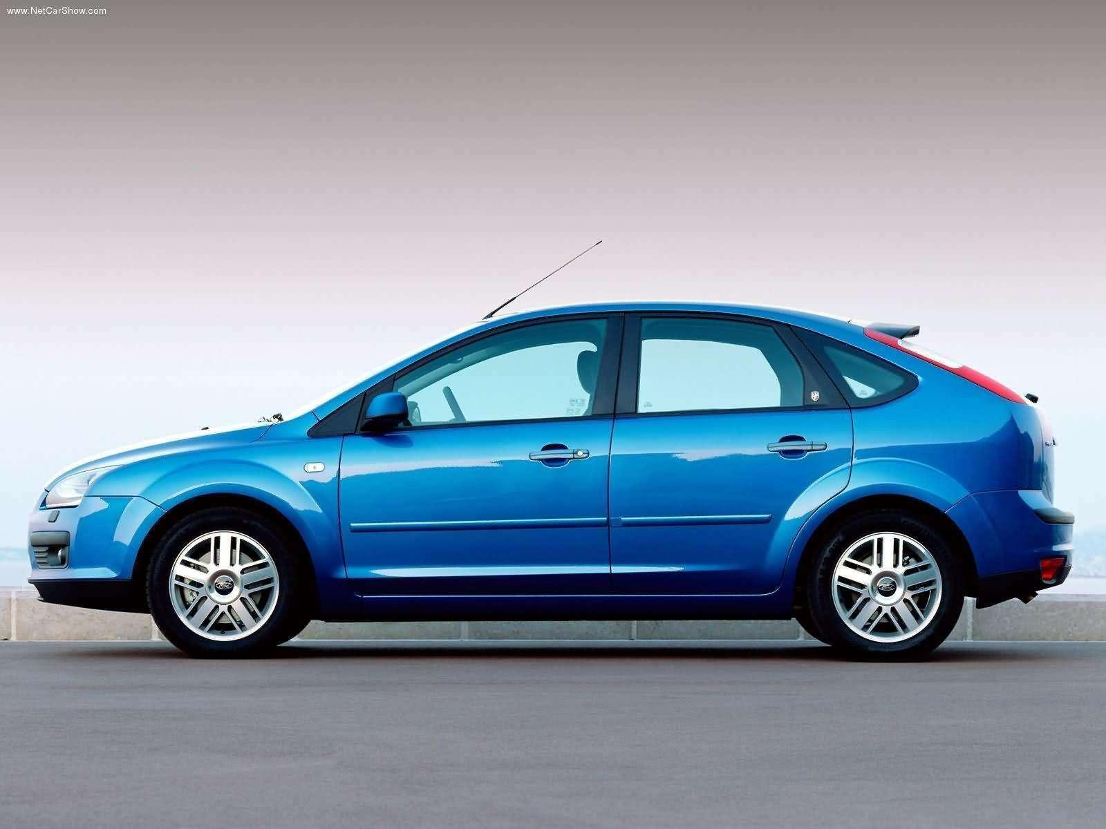 Ford-Focus_TDCi_5door_European_Version_2004_1600x1200_wallpaper_06