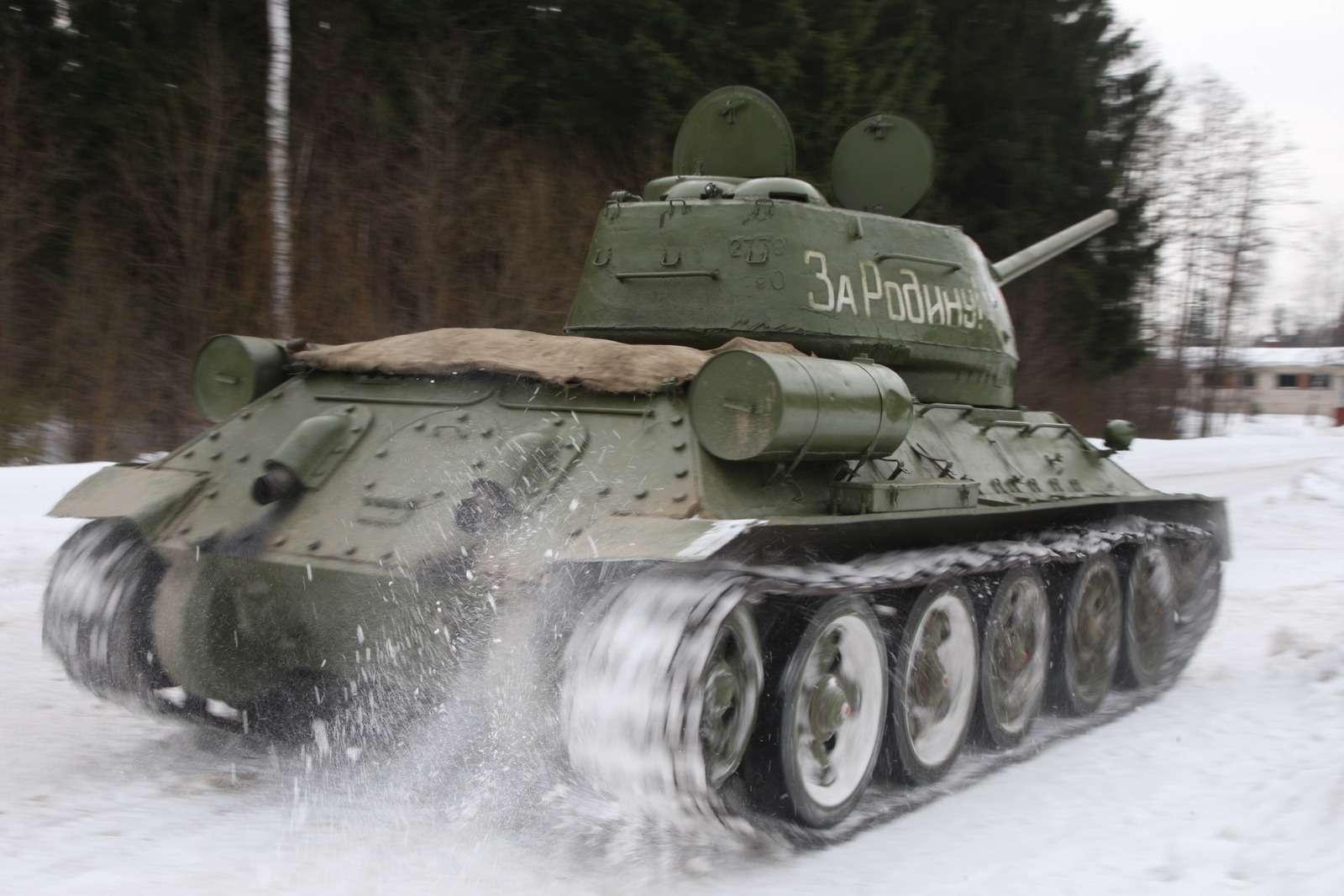 Танк Т-34: огнем иманевром— фото 684018
